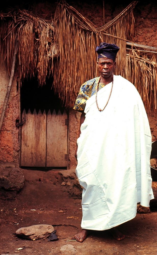Ifa Priest